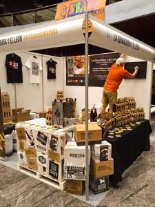 Stand La Domadora y el León Distribucion cervezas artesanas